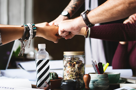 6 Key Traits You Need to Be a Great Team Player thumbnail image
