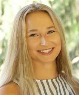 Isabelle Leonardi Bison Spotlight