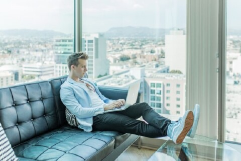 5 Tips for Being a Persuasive Communicator While Working Remotely thumbnail image