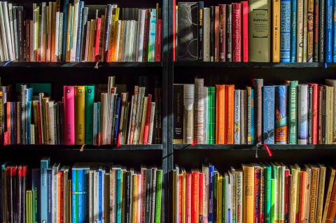 Pre-Health Recommended Books, Videos, and Podcasts