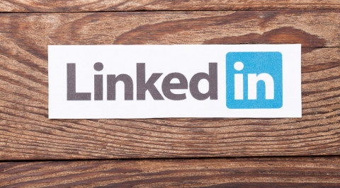 How to Use LinkedIn's Alumni Tool for Networking
