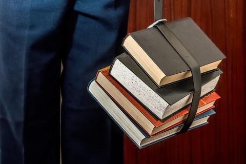 books-1012088_1920-1255×837