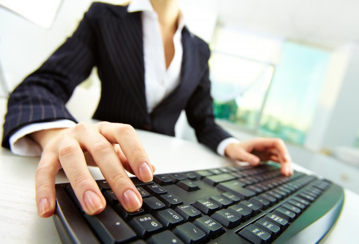 Technology and your job search right now uconn center - Uconn center for career development ...