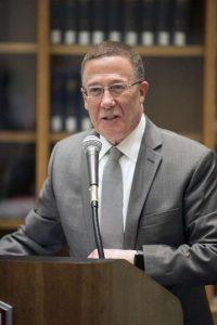 Dr. Walter Diaz