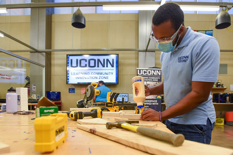 Students working in the UConn Innovation Lab.
