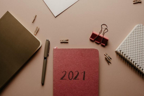 New Year's Resolutions for Your Career in 2021 thumbnail image