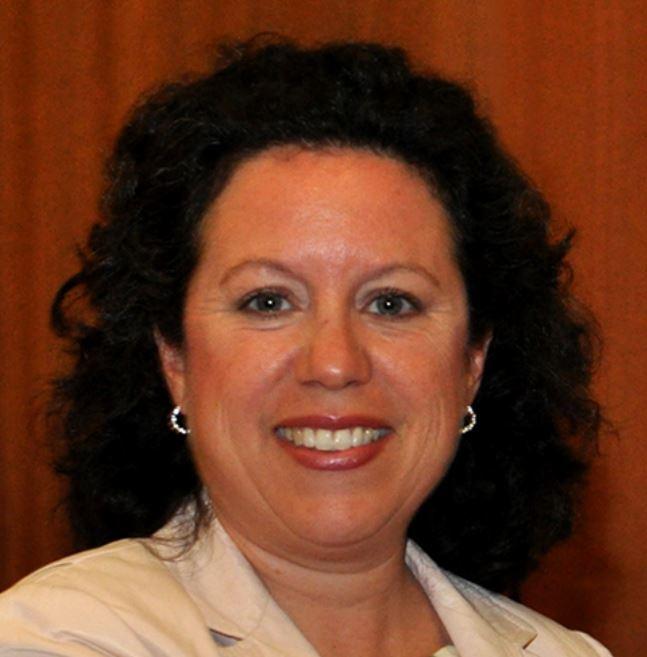 Lesley DeNardis